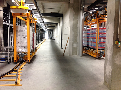 Overhead Monorails Can Transfer Pallets  From ASRS to Shipping Lanes